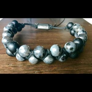 Jewelry - Double wrapped macrame bracelet